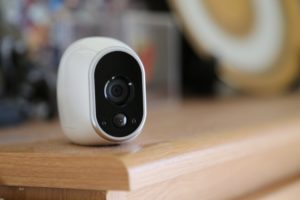 besprovodnye-kamery-video-nablyudeniya-foto-besprovodnye-kamery-87654456789876543
