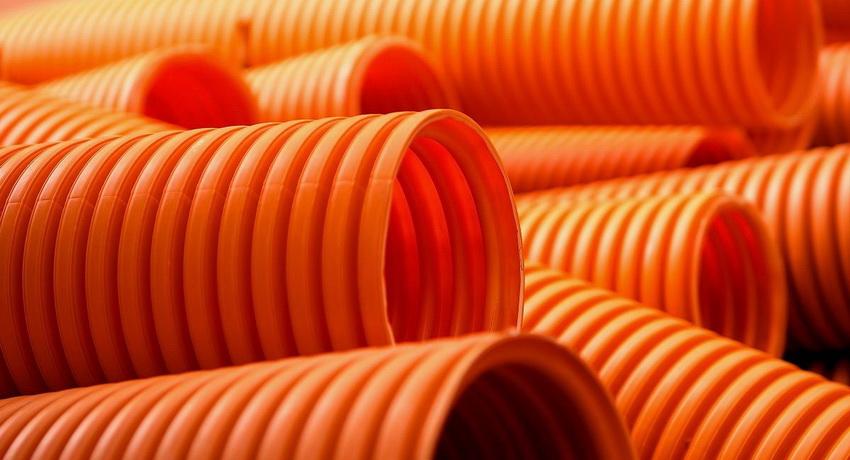 truby-kanalizatsionnye-truby-dlya-naruzhnoj-kanalizatsii-montazh-kommunikatsij-889585-284