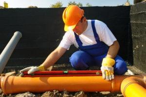 truby-pvh-dlya-naruzhnoj-kanalizatsii-tsena-i-razmery-plastikovyh-trub-0921-00