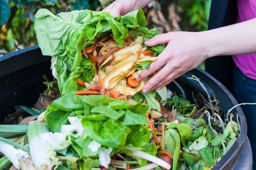 kompostnaya-yama-izgotovlenie-kompostnoj-yamy-svoimi-rukami-12