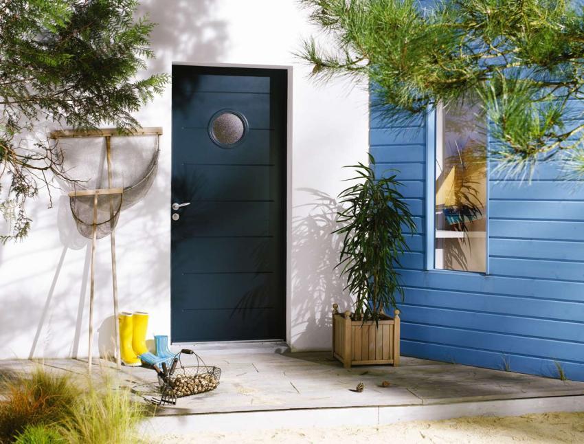vhodnaya-dver-foto-video-razmery-i-raznovidnosti-9
