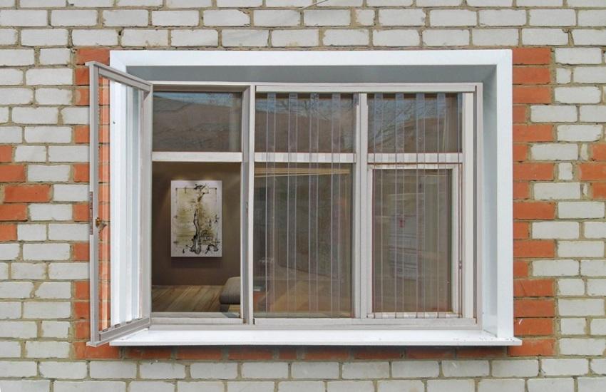 prozrachnye-reshetki-na-okna-foto-video-dostoinstva-i-nedostatki-4