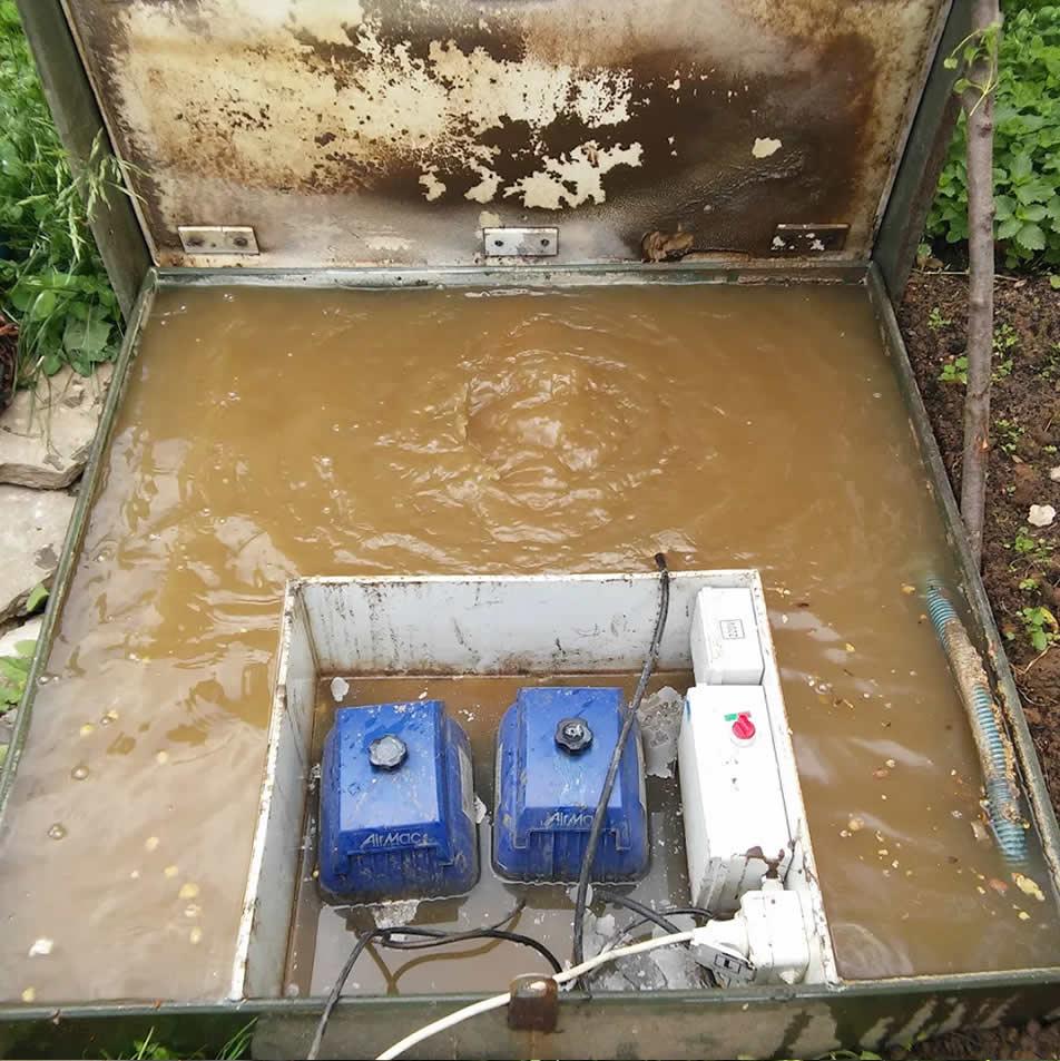 kanalizatsiya-dlya-zagorodnogo-doma-foto-vidy-kakuyu-vybrat-dlya-dachi-5